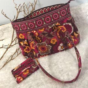 Vera Bradley handbag with matching wallet pretty